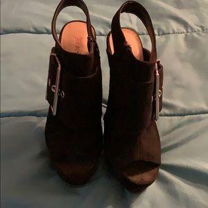 6 inch black stilettos with buckle
